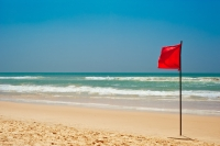 Living on the beach? Not a red flag.