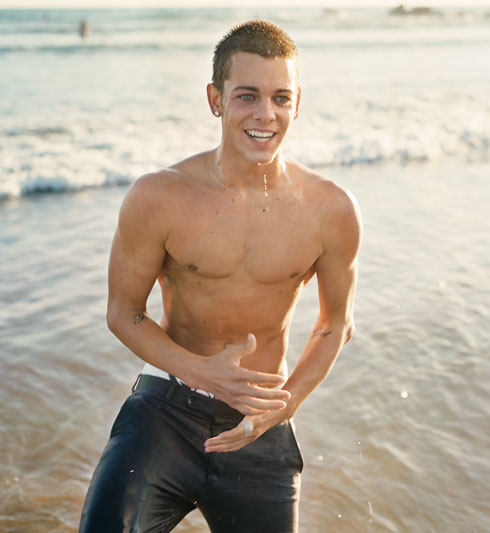 Skater boy Ryan Sheckler, still lookin' fine.