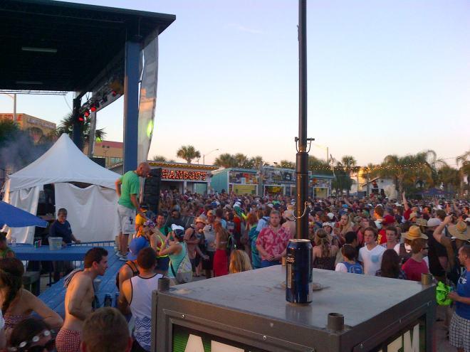 A partial crowd at Hangout Fest